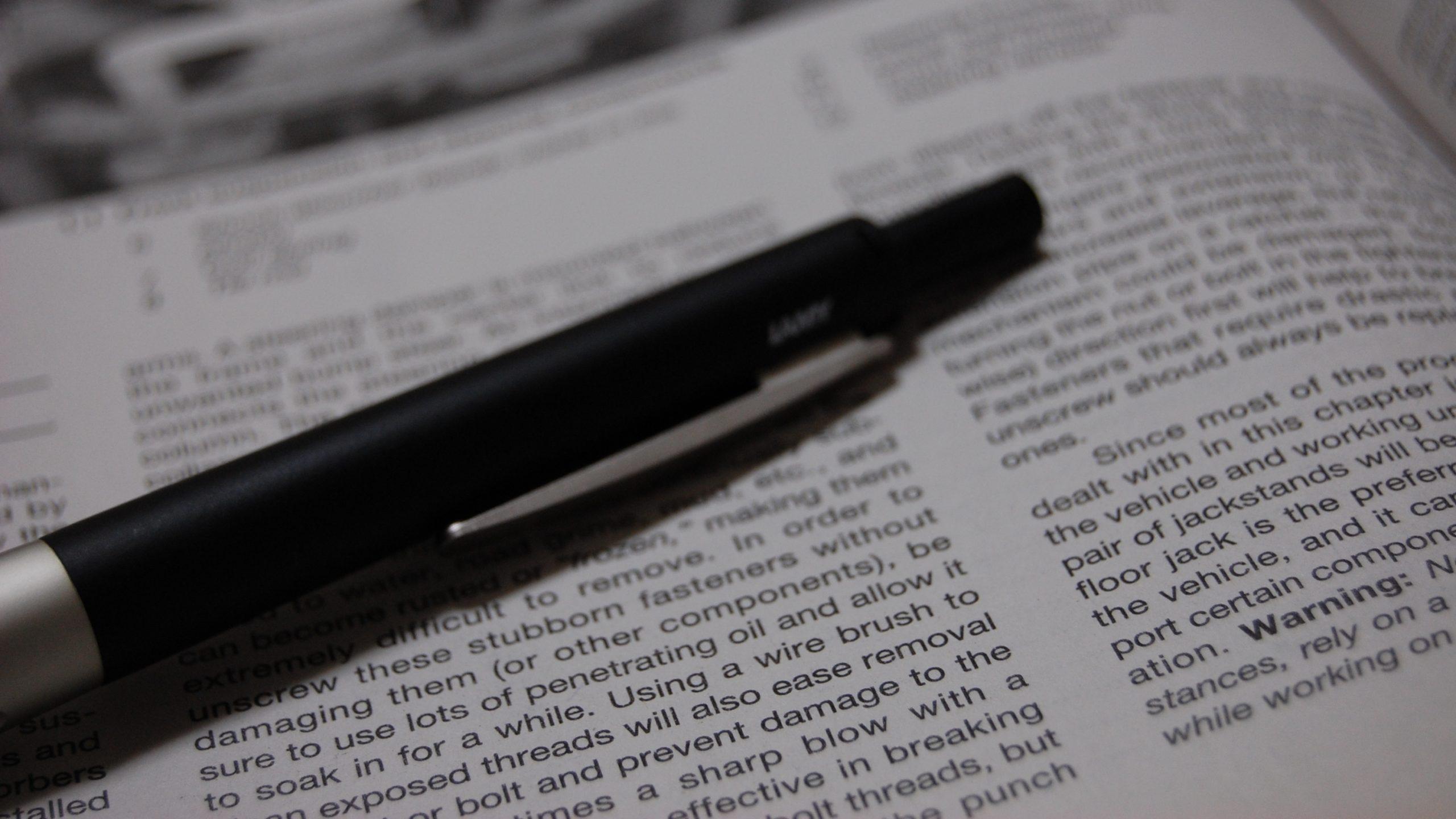 viet hoc thuat scaled - Viết học thuật cho nghiên cứu sinh